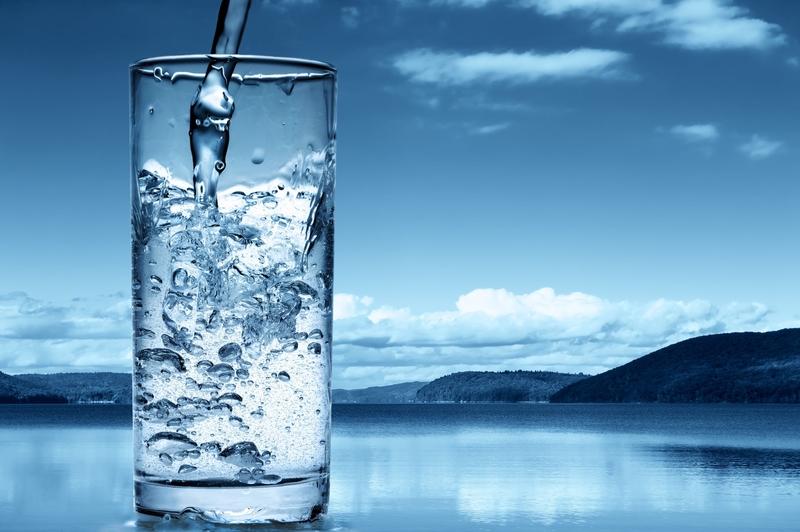 ویژگی های آب آشامیدنی سالم