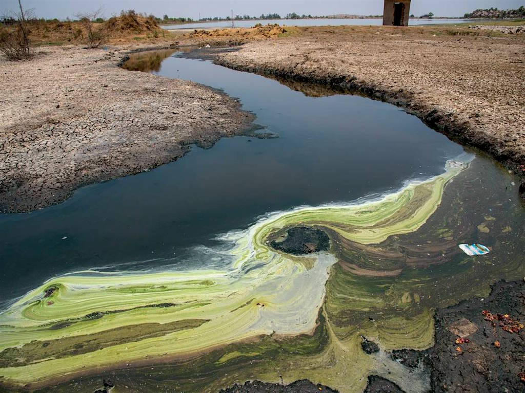 آلودگی شیمیایی آب آشامیدنی